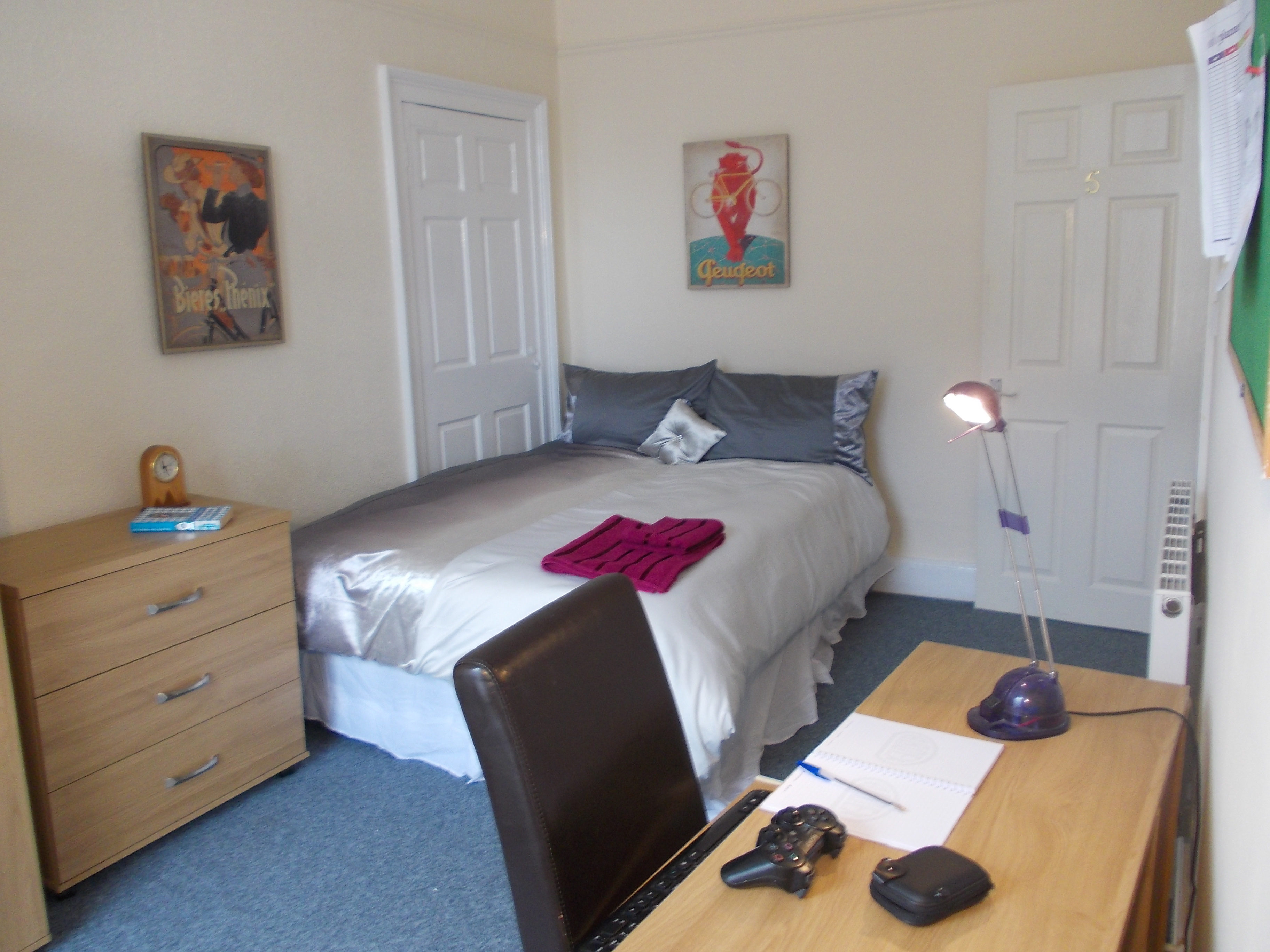 Room 5 | Student Accommodation
